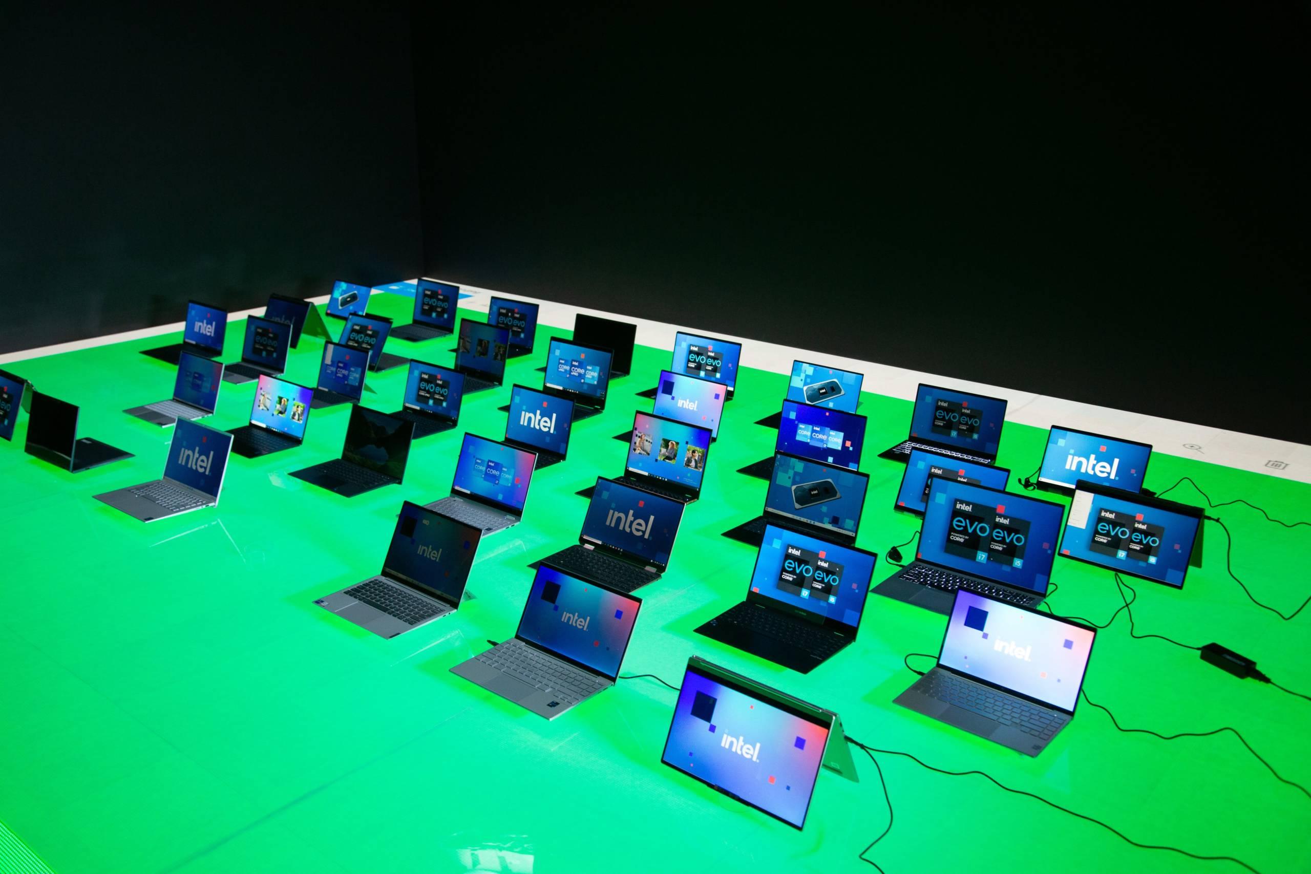 PC multi-OEM avec la dernière génération de 11 processeurs Intel Core vPro