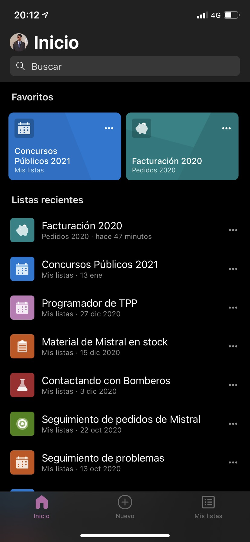 Listes Microsoft avec thème sombre