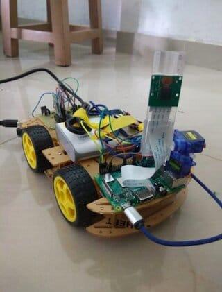 Robot de navigation virtuel indien partiellement démonté