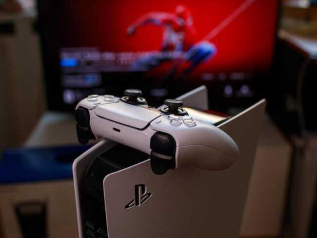 Pénurie de PS5: les perturbations de la chaîne d'approvisionnement affectent les joueurs et les développeurs