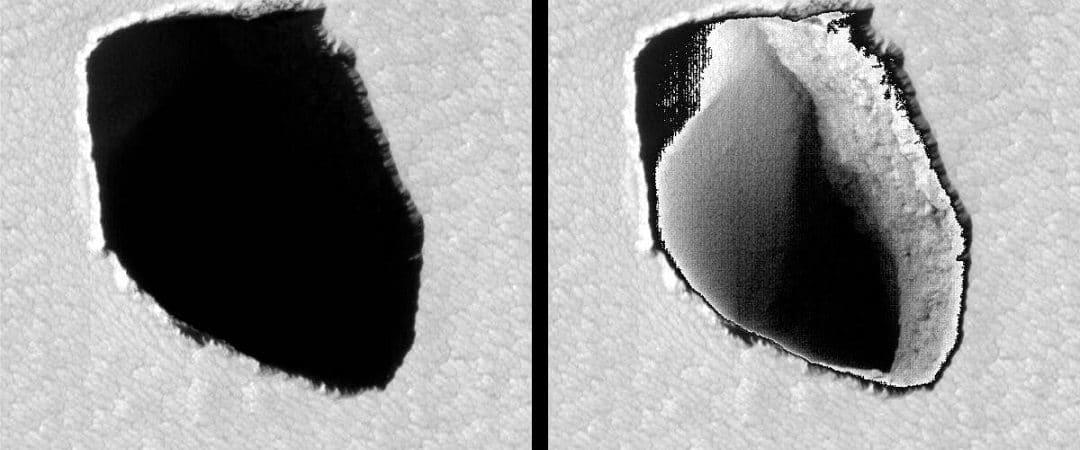 Grotte de Mars découverte par le satellite Mars Reconaissance Orbiter (MRO).  L'entrée est estimée à 180 mètres de diamètre
