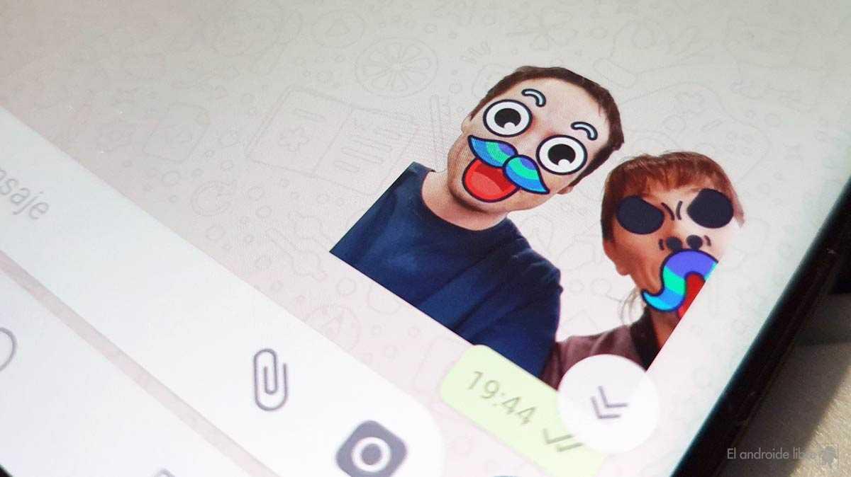 WhatsApp vous permet déjà d'importer vos propres autocollants animés