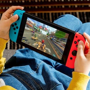 1618597627 241 Le systeme Nintendo Switch Lite Blue est sur le point