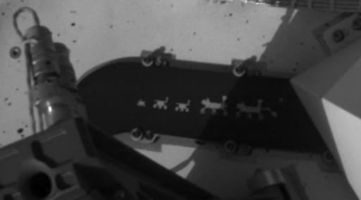 Un portrait de famille à bord du rover Perseverance mentionne les missions passées de la NASA