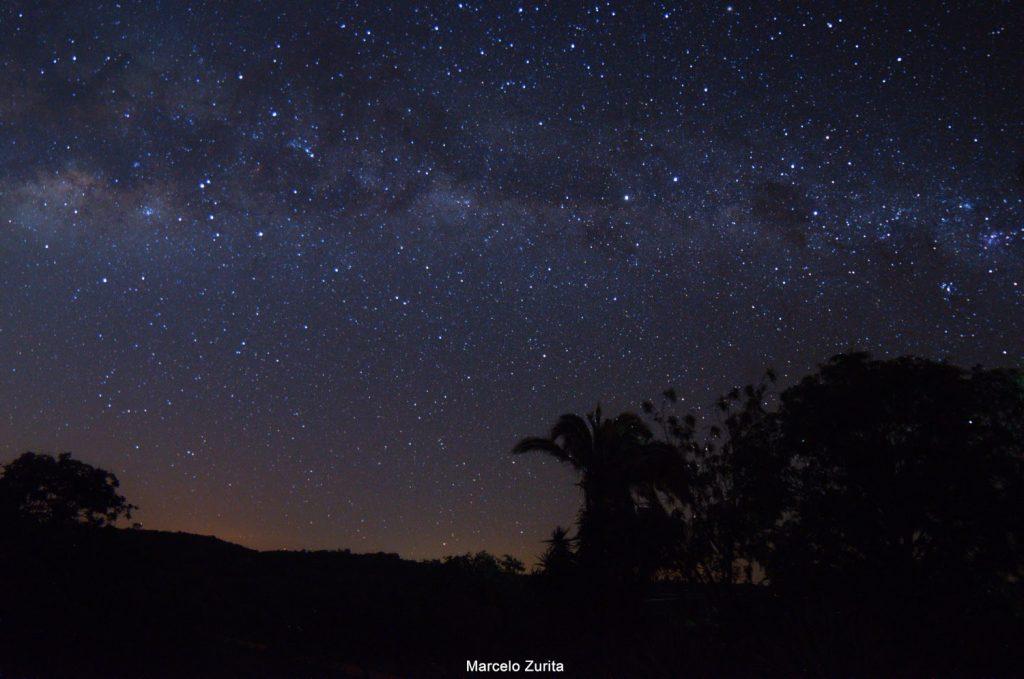 Voie lactée et ciel étoilé vus de la zone rurale de Maturéia, PB.  Crédits: Marcelo Zurita