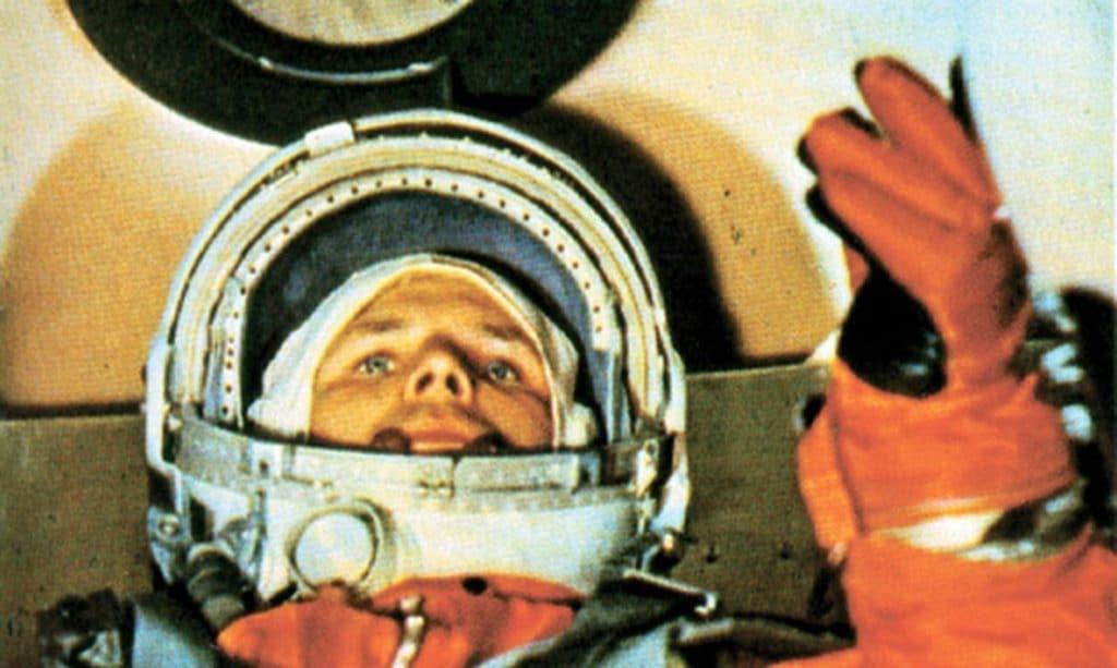 Youri Gagarine à bord du Vostok-1, juste avant de partir pour son vol historique - Source: Fédération de Russie