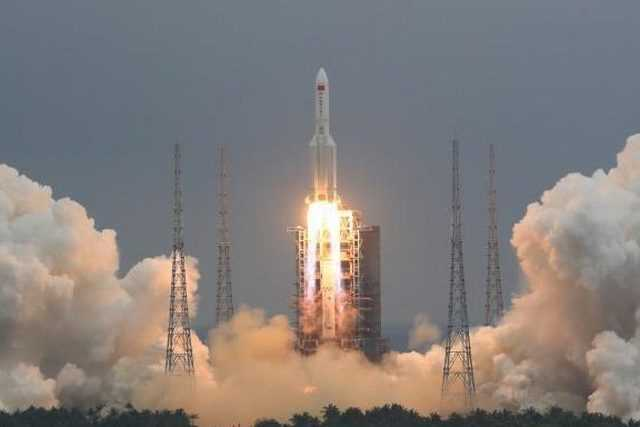 Où et quand la fusée chinoise en chute libre sur Terre pourrait s'écraser en Italie