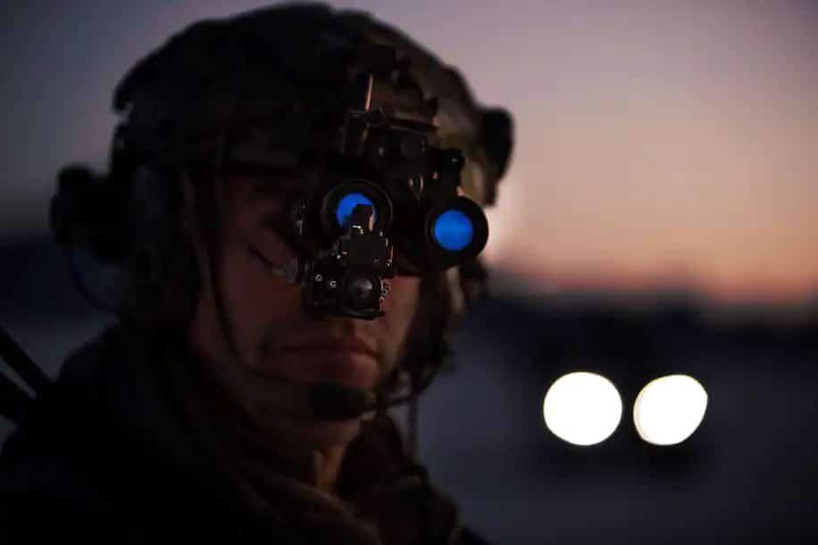 1622100426 435 Larmee americaine porte deja des lunettes de vision nocturne de