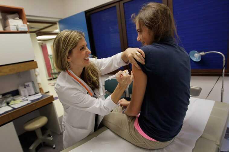 Parce qu'il est important (et sûr) de vacciner également les enfants et les adolescents