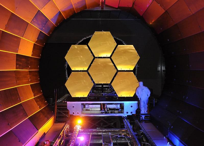 La matiere noire peut se cacher a linterieur des planetes