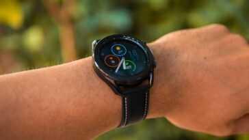 Nouveaux détails de la Samsung Galaxy Watch4: WearOS et talkie-walkie intégré