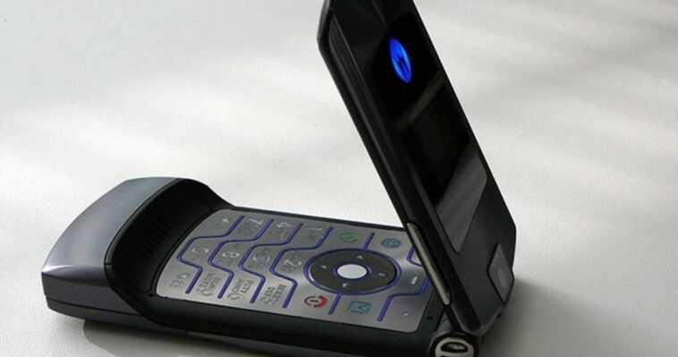 Les téléphones à clapet les plus épiques de l'histoire de la téléphonie