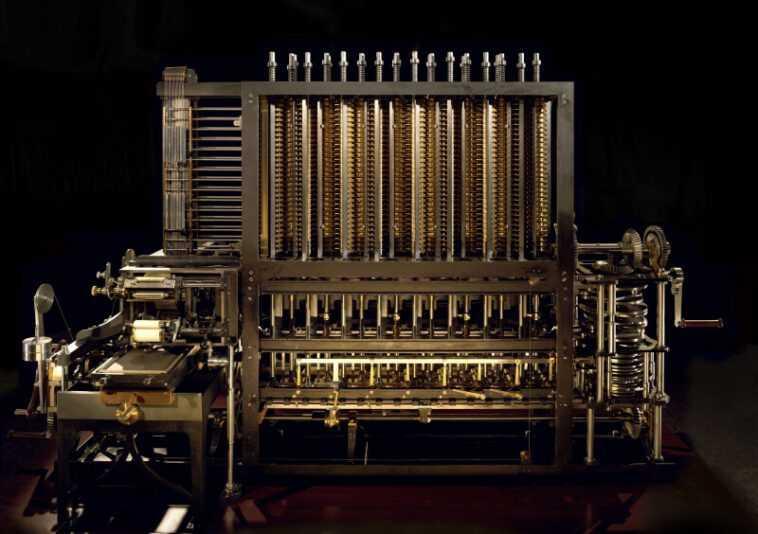 Charles Babbage est connu pour avoir créé le premier... ?