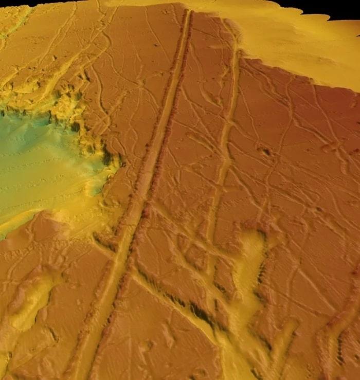 Des icebergs geants ont laisse des traces sur le fond