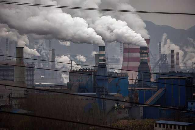 Le dioxyde de carbone dans l'atmosphère a atteint les niveaux les plus élevés de l'histoire de l'humanité