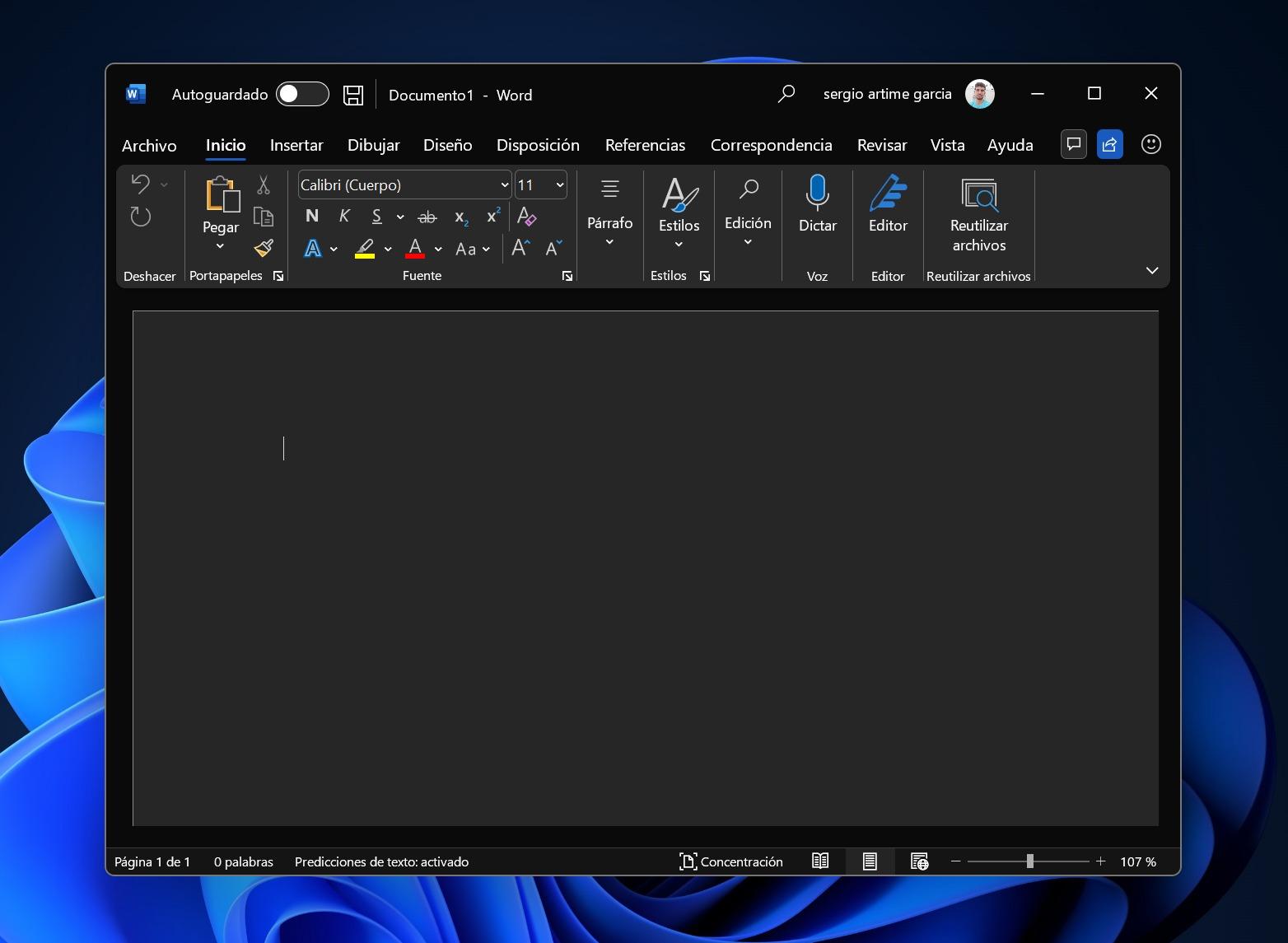 Nouveau design de bureau dans un thème sombre