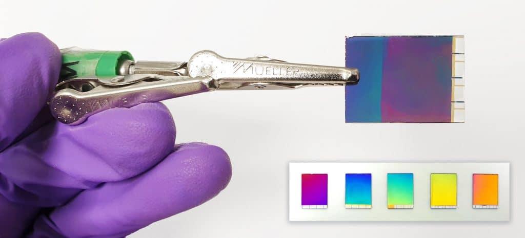 Lecran numerique aussi fin quun papier electronique affiche des couleurs