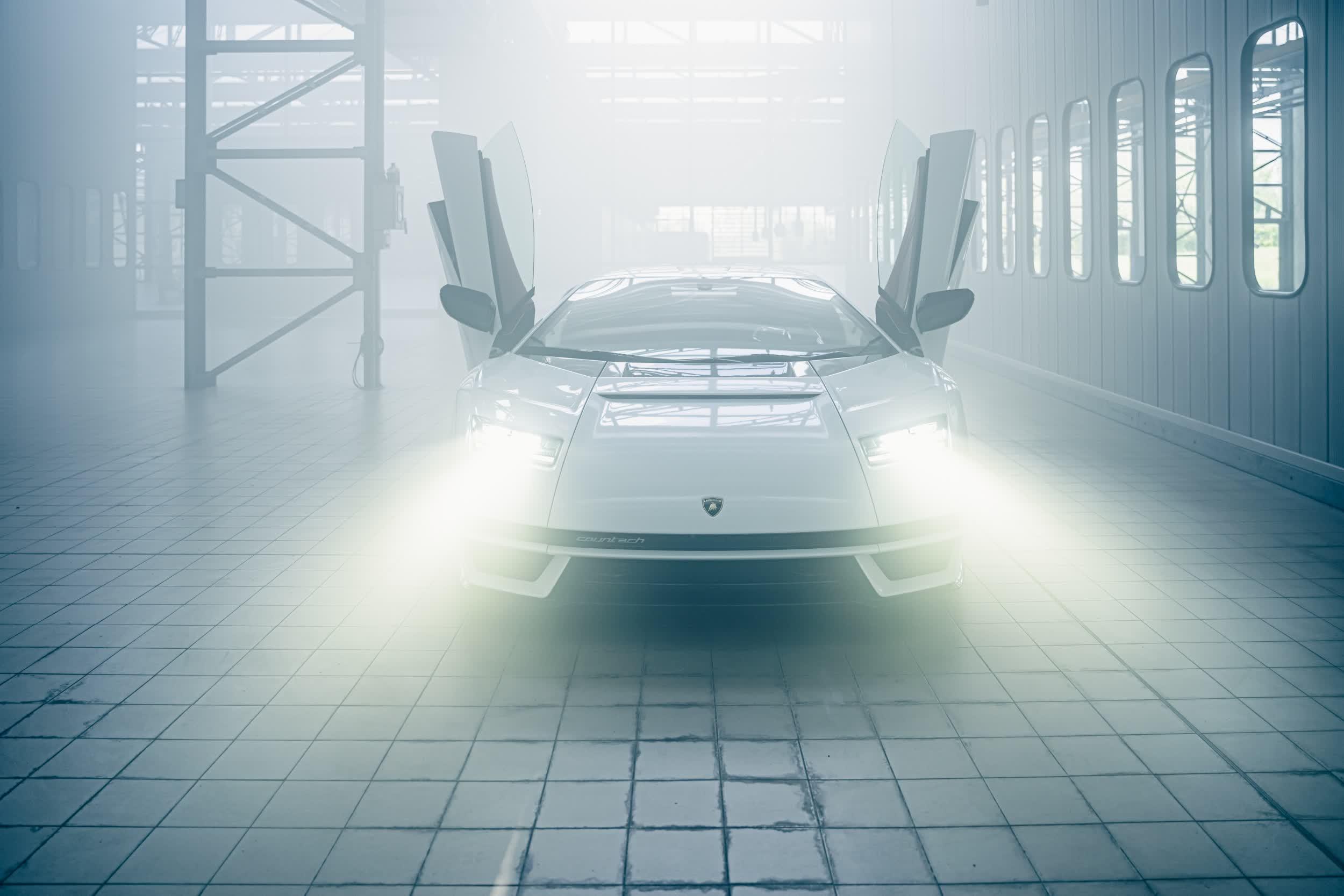 1628885887 425 Lamborghini ramene la Countach en tant quhybride en edition limitee