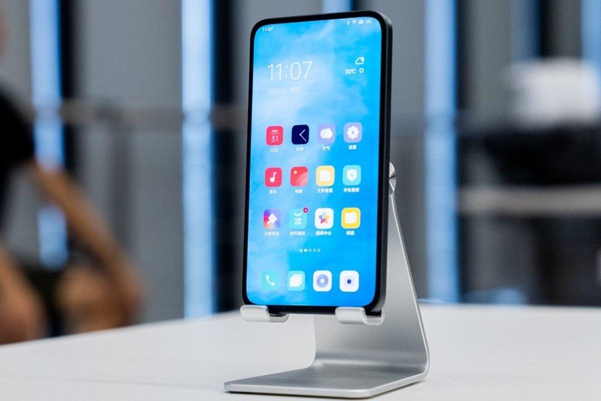 Prototype mobile de caméra OPPO sous l'écran