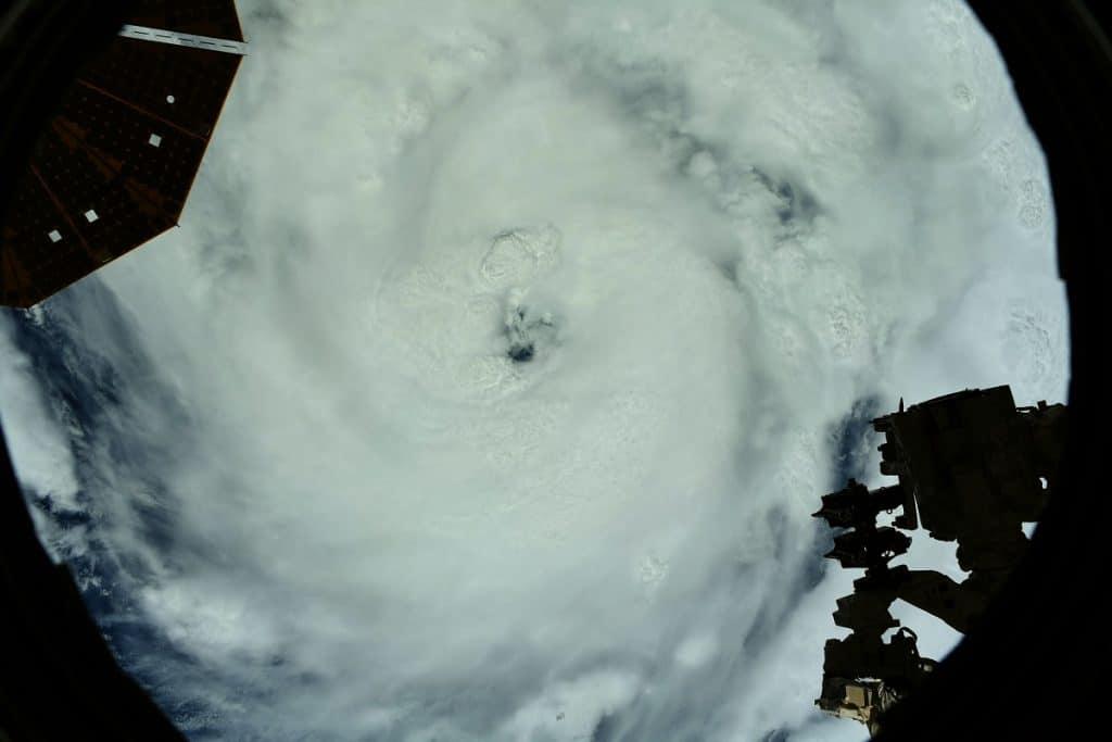 Oeil de l'ouragan IDA - USA - ISS