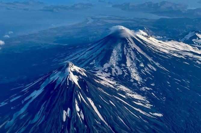 En Alaska, Trois Volcans Ont Commencé à Entrer En éruption