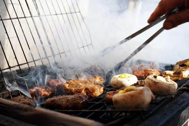 Gril electrique avec couvercle mieux quun barbecue au charbon