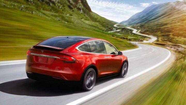 Image Tesla Model X avec batterie sans perte majeure de capacité de charge