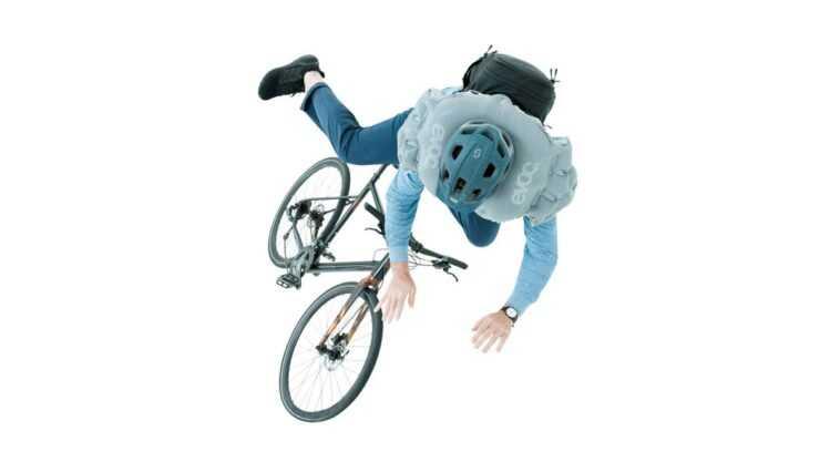 Ce Sac à Dos Est Un Airbag Pour Les Cyclistes