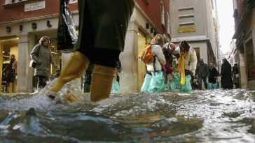 Inondations Et Canicules Menacent Les Villes Italiennes