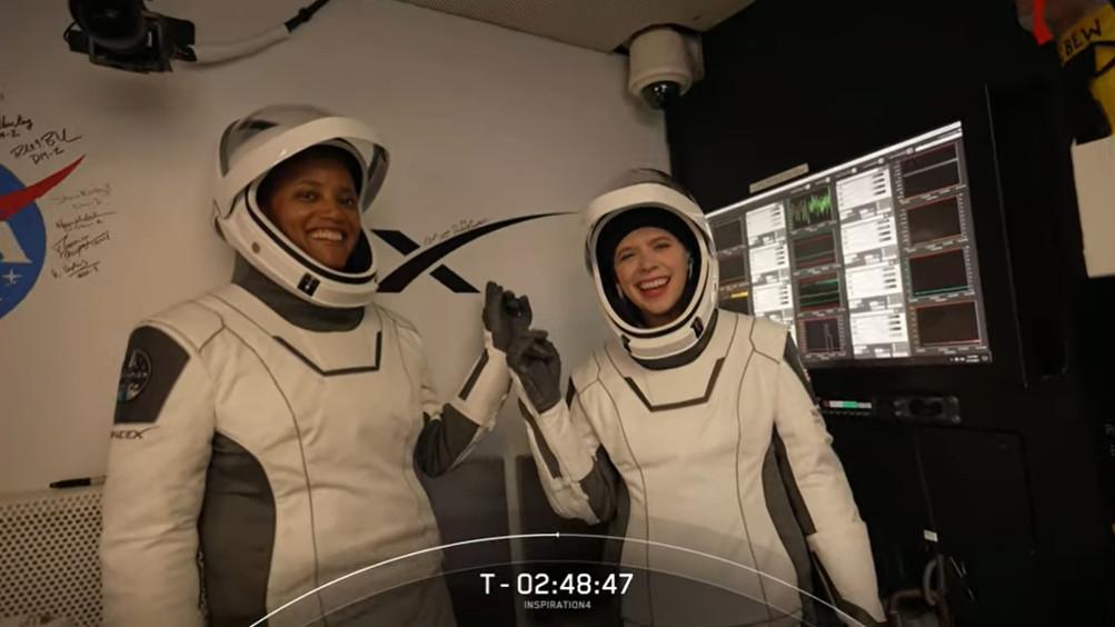Inspiration 4 La mission civile de SpaceX atteint lorbite terrestre