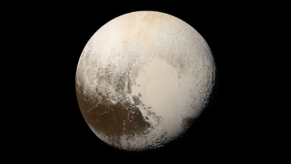 Lhomme qui a tue Pluton dit avoir decouvert une nouvelle