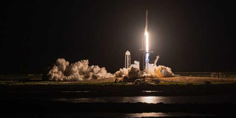 Spacex Lance Sa Première Mission Entièrement Civile Dans L'espace