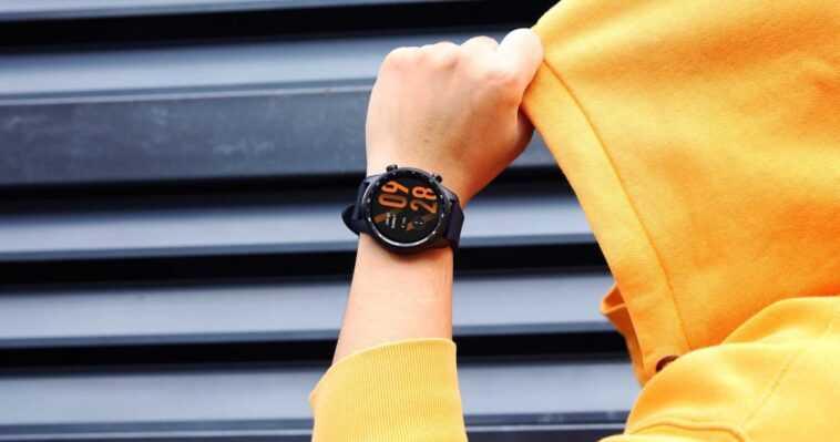 Ticwatch Pro 3 Ultra Gps, Deux écrans Et Snapdragon Wear