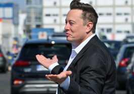 Elon Musk Pourrait Devenir Le Premier Milliardaire Au Monde Grâce