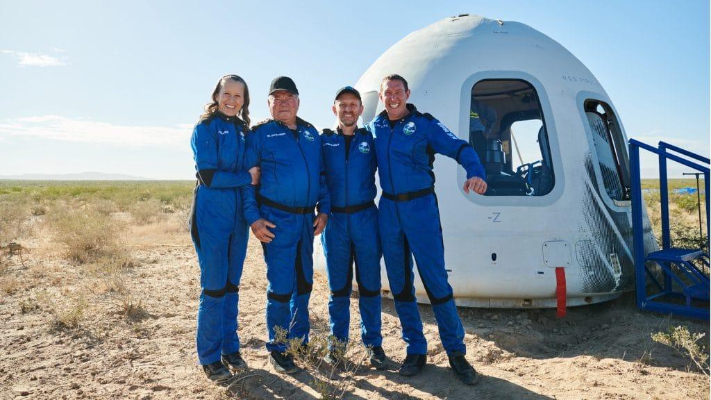 Regardez William Shatner emerveille en voyant la Terre depuis lespace